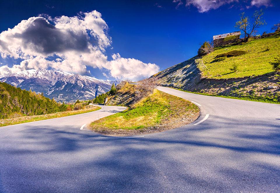 cycling-col-de-la-bonette-road