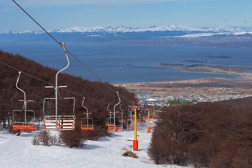 ski-and-snowboarding-ushuaia