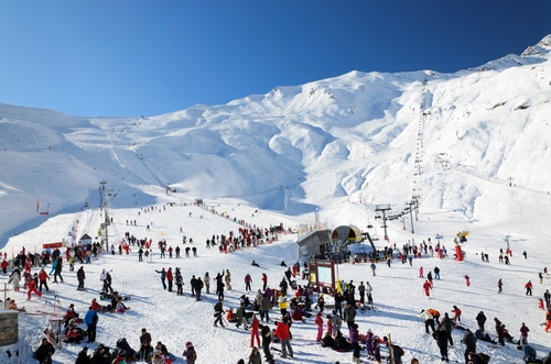 ski-and-snowboarding-cauterets