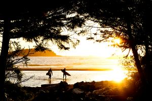 surfing-tofino