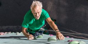 rock-climbing-bouldering-senior