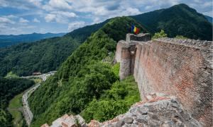 Poenari Castle - Hiking Romania